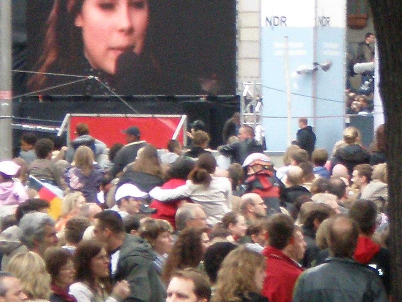 Lena Meyer-Landrut auf dem Trammplatz
