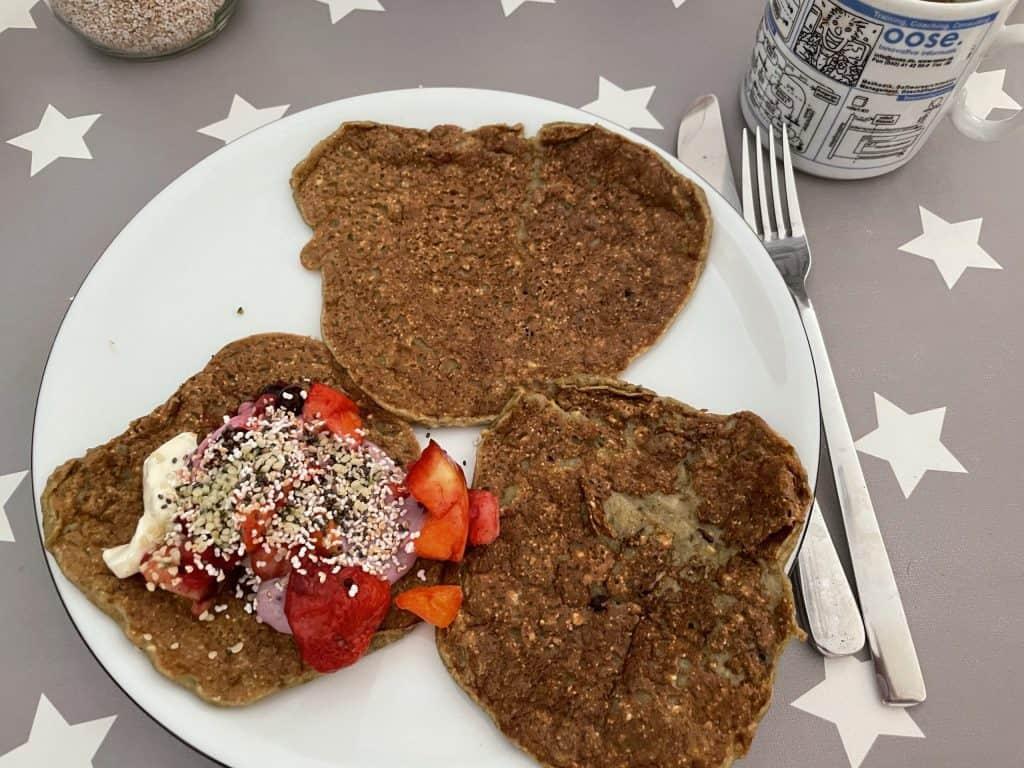 3 Pfannkuchen auf dem Teller