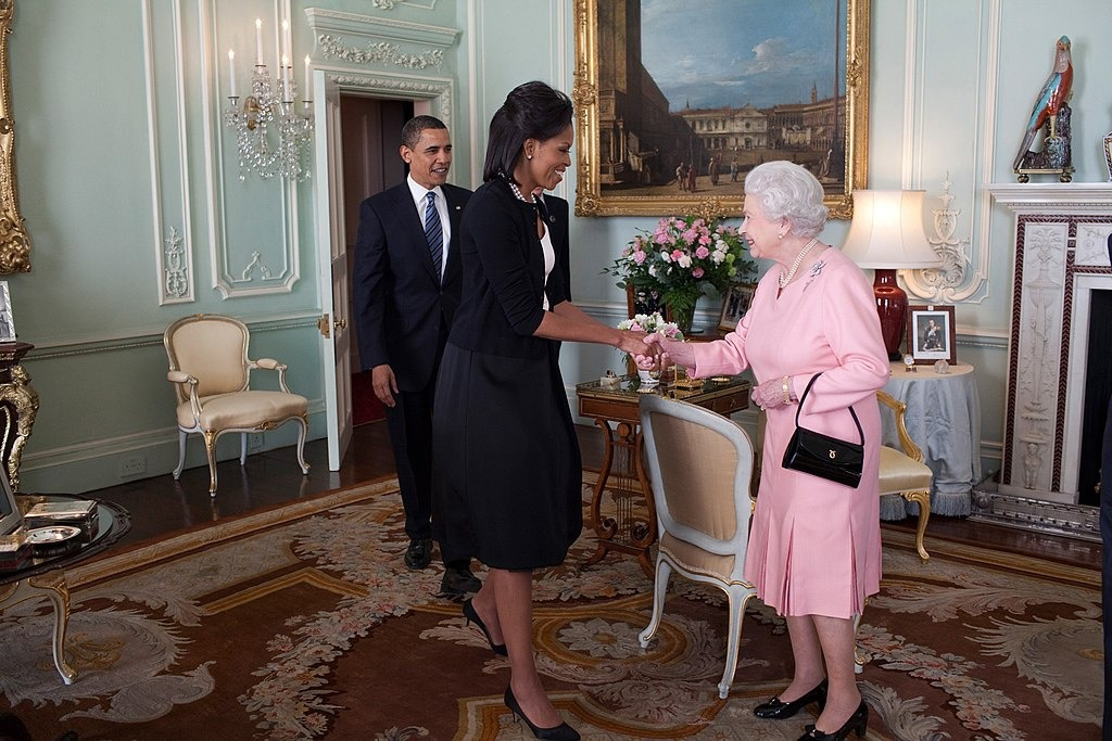 Queen welcomes Obamas