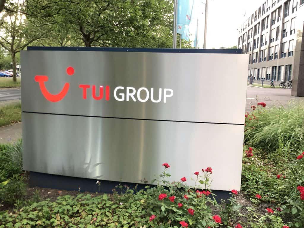 TUI Group Schild vor Preussag Bunker