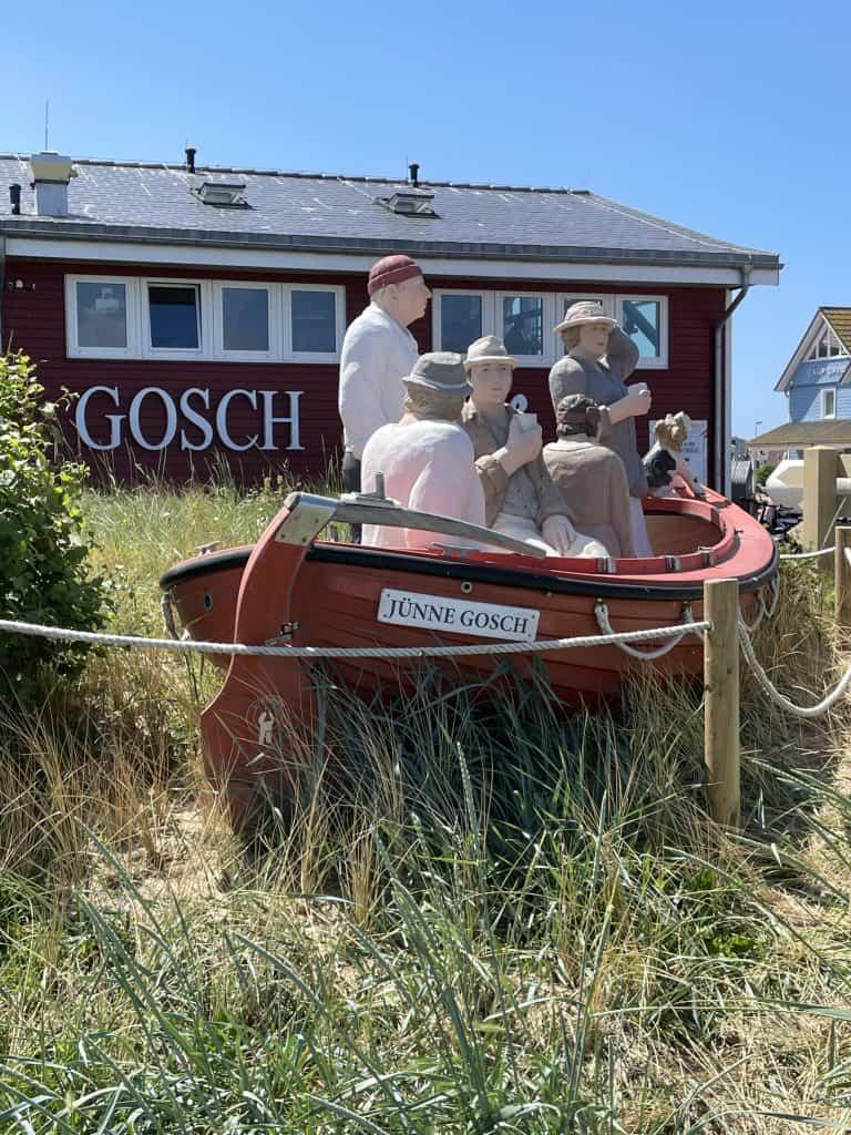 Gosch-Restaurant List mit Boot davor