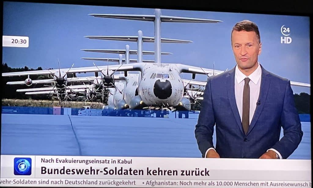 tagesschau24: Ankunft der Bundeswehrmaschinen in Wunstorf nach Afghanistan-Evakuierungseinsatz