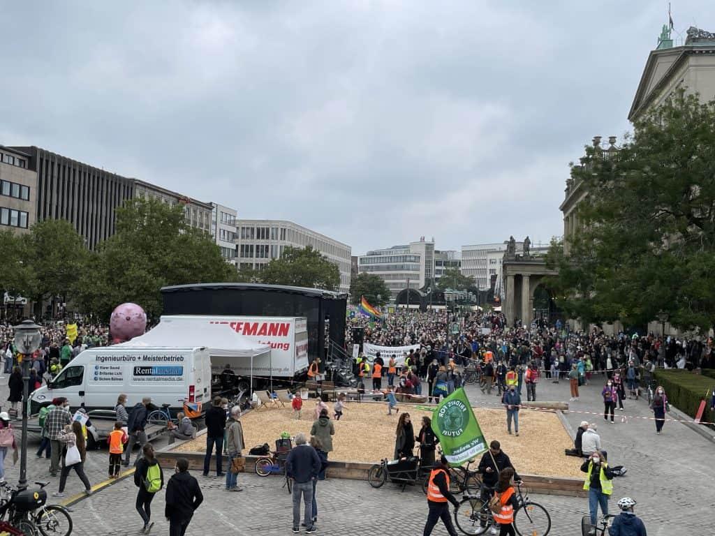 Blick auf den Opernplatz