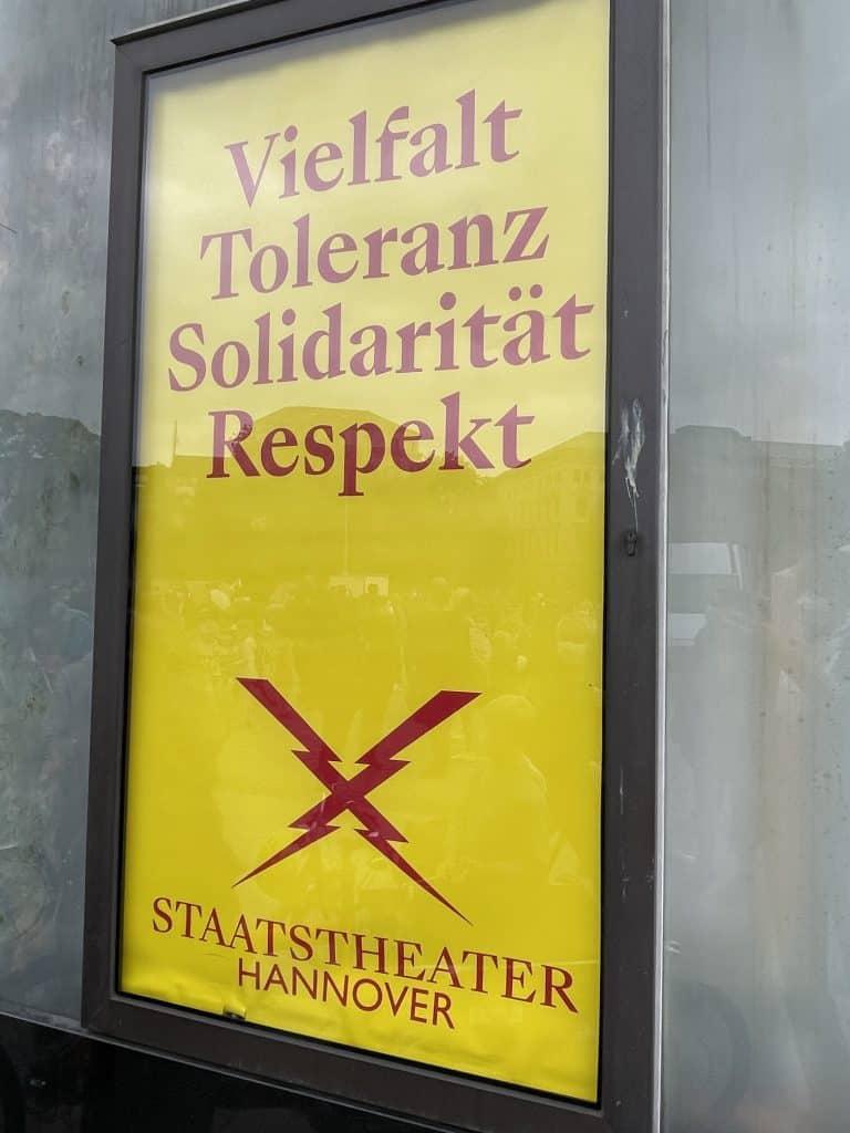 Plakat der Oper zu Respekt