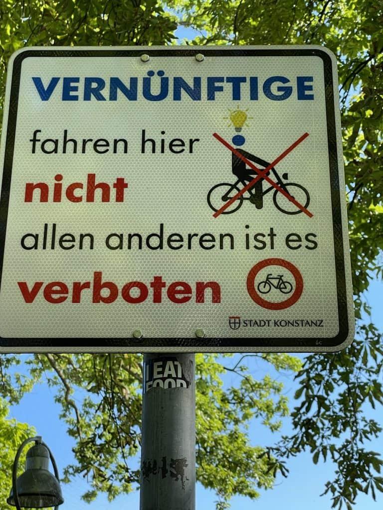 Fahrradfahrverbotsschild